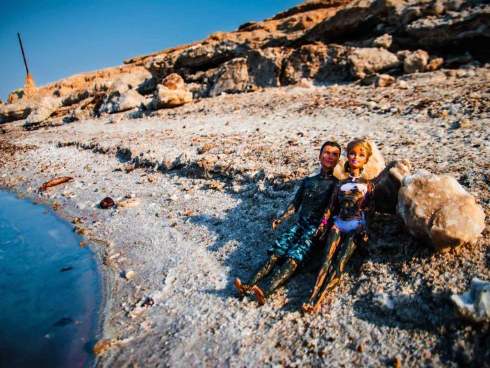 Barbie Around the World muddy Mineral Beach
