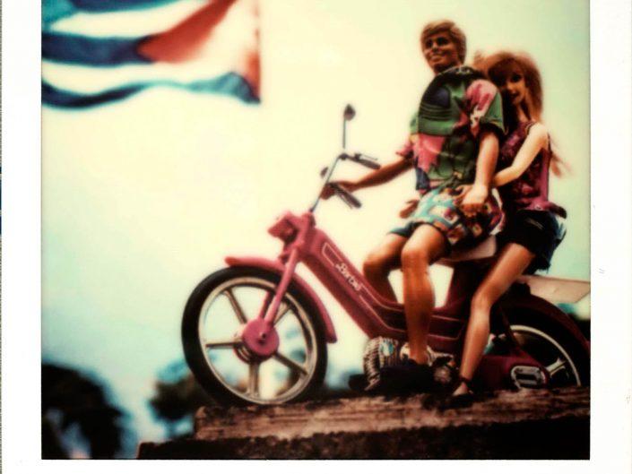 Barbie Around the World Polaroid Camaguey