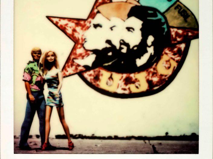 Barbie Around the World Polaroid Havana de Cuba