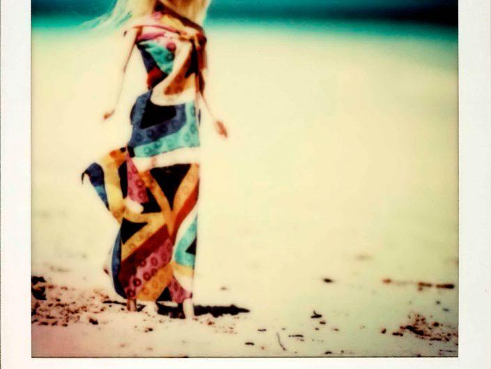Barbie Around the World Polaroid Playa Pilar