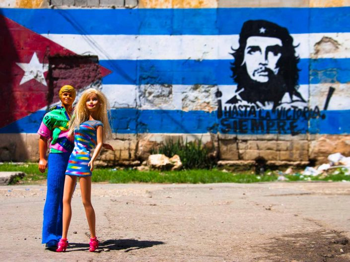 Barbie Around the World Che Guevara Selfie