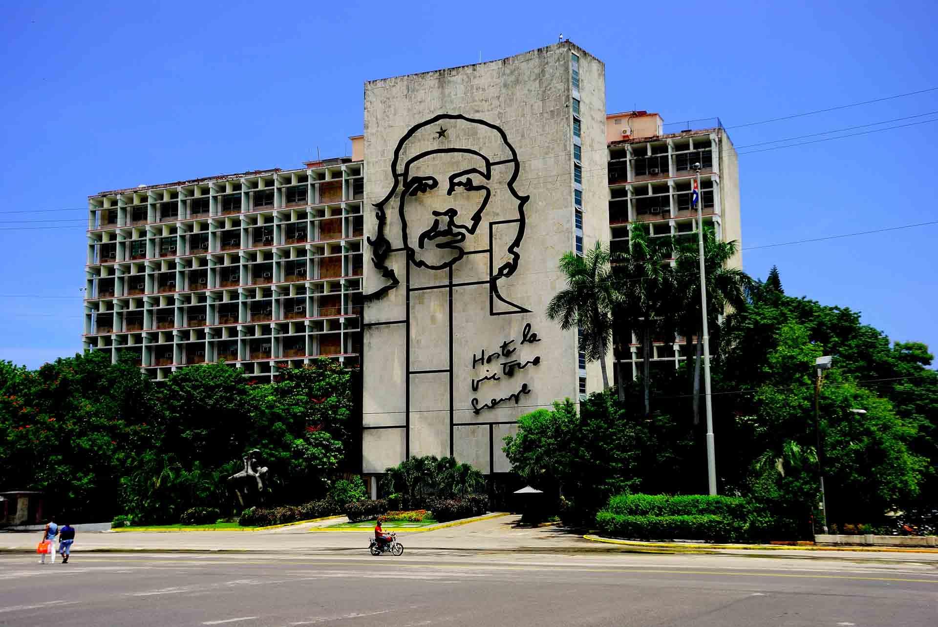 Placa de la Revolucion Havana Cuba, havana, cuba, pescart, photo blog, travel blog, blog, photo travel blog, enrico pescantini, pescantini