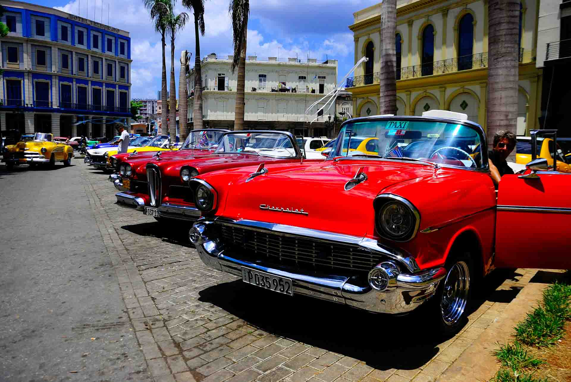 Havana Cuba Vintage Car 2, havana, cuba, pescart, photo blog, travel blog, blog, photo travel blog, enrico pescantini, pescantini