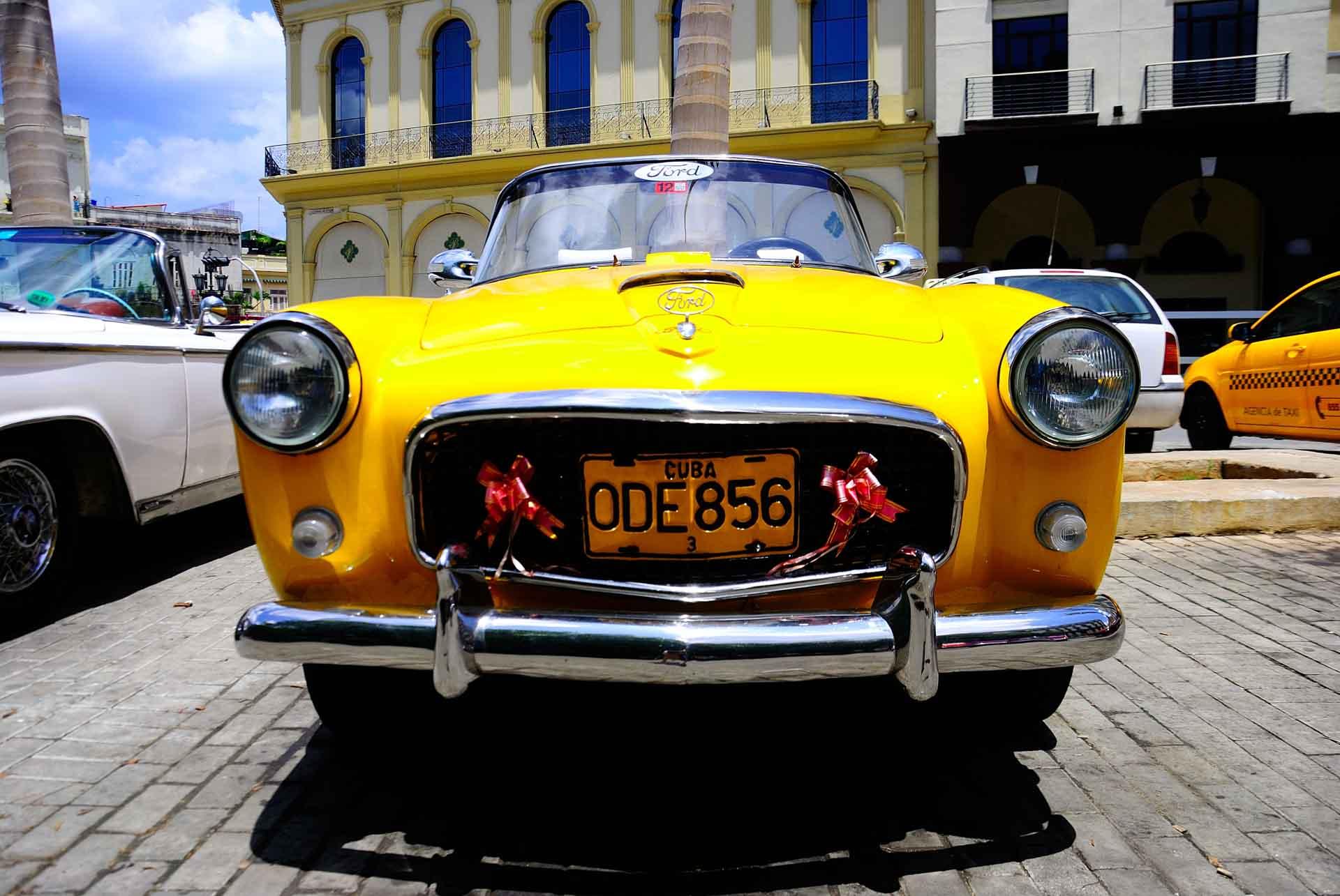 Havana Cuba Vintage Car 4, havana, cuba, pescart, photo blog, travel blog, blog, photo travel blog, enrico pescantini, pescantini