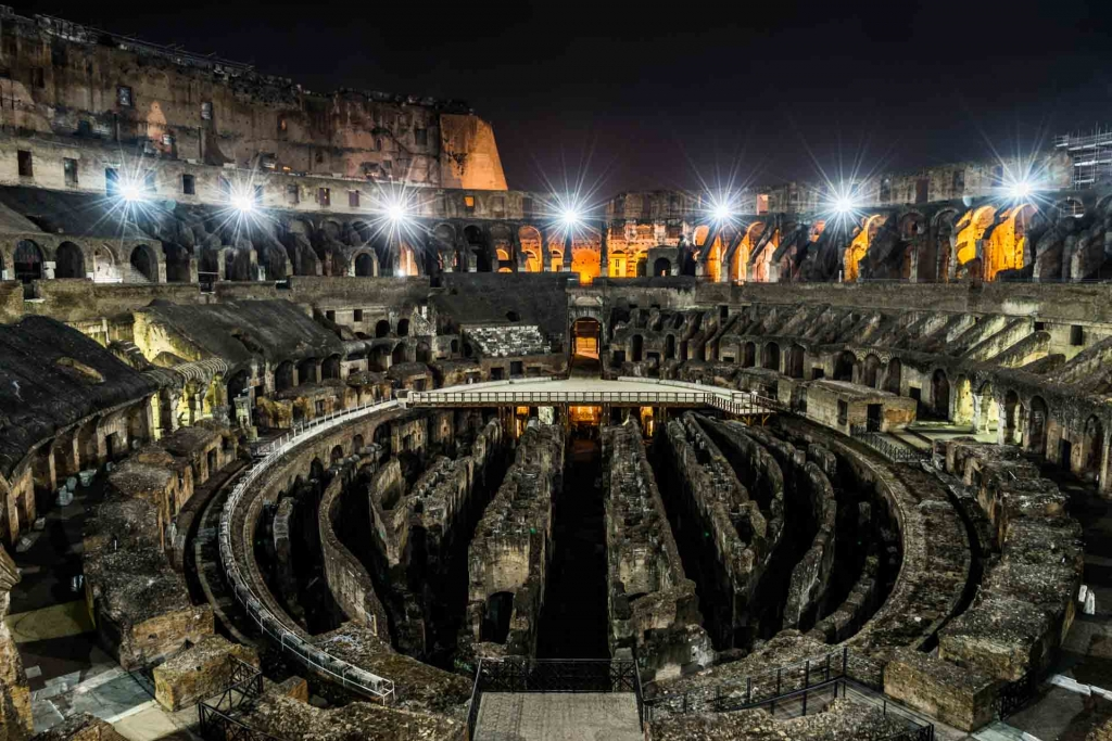 World PescArt Photo - Inside & Below the Colosseum, Rome, Italy
