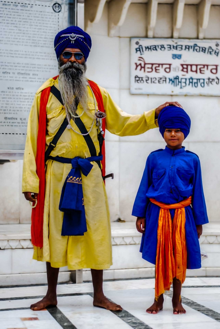 World PescArt Photo - Old & Young Sikh, Amritsar, India