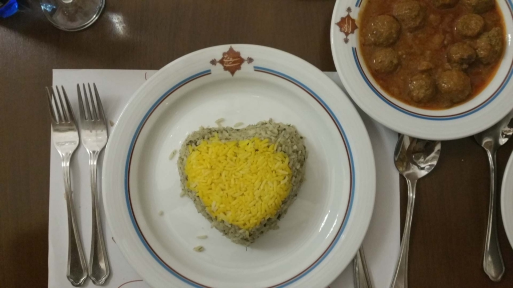 Saraye Ameriha Boutique Hotel traditional dinner, kashan, iran, pescart, photo blog, travel blog, blog, photo travel blog, enrico pescantini, pescantini