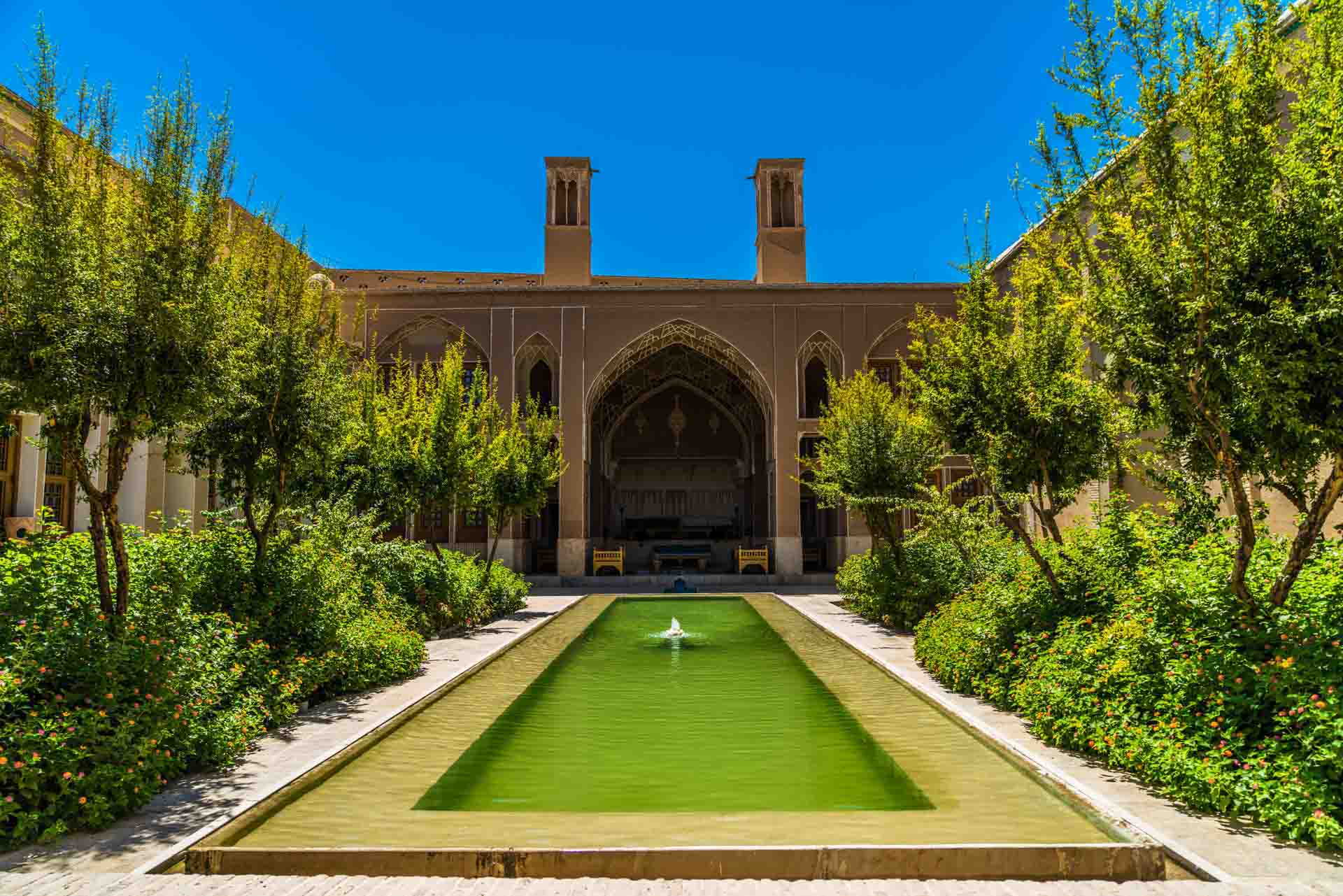 Saraye Ameriha Boutique Hotel courtyard, kashan, iran, pescart, photo blog, travel blog, blog, photo travel blog, enrico pescantini, pescantini