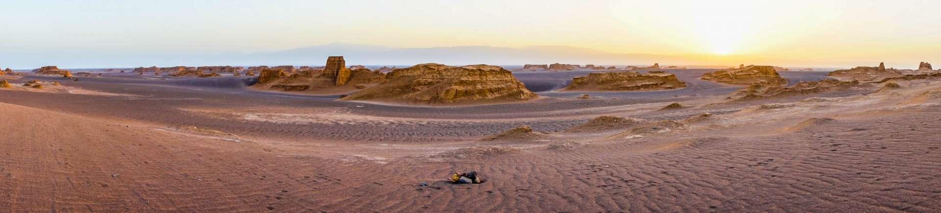 Kaluts sunrise, kerman, iran, pescart, photo blog, travel blog, blog, photo travel blog, enrico pescantini, pescantini
