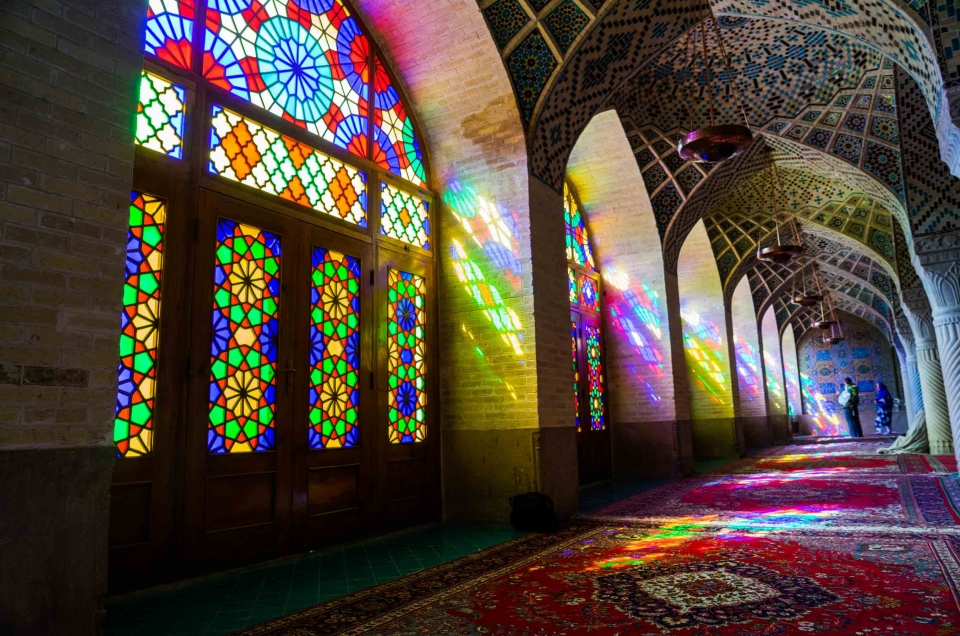 Shiraz, Bam and Rayen: the pink mosque and the forgotten sand city of Iran