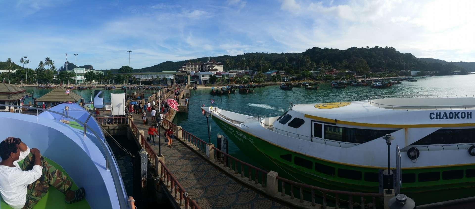 Phi Phi Islands - Tonsai Pier