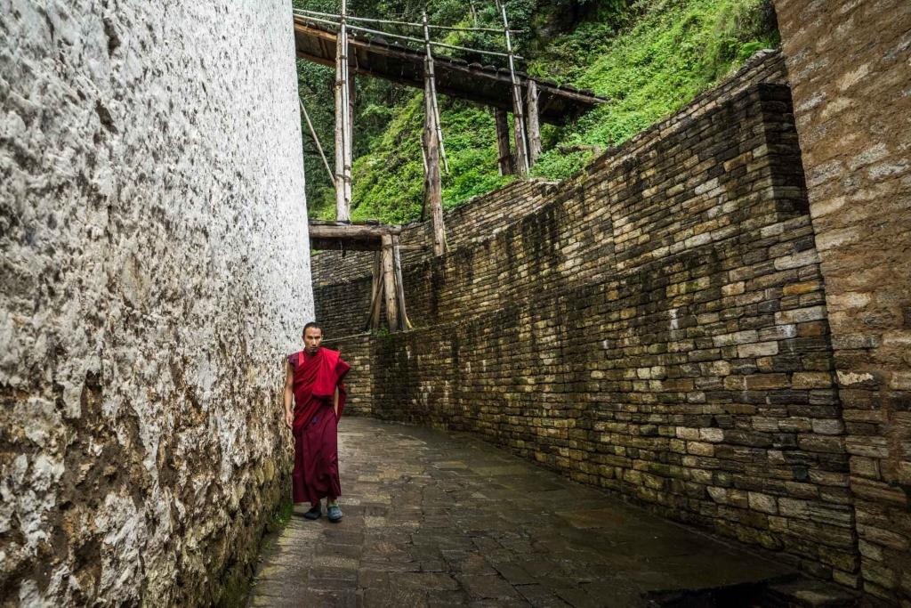 buddhist monk Bhutan Pescart Enrico Pescantini 6