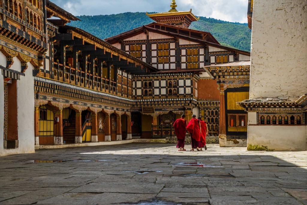buddhist monk Bhutan Pescart Enrico Pescantini 10