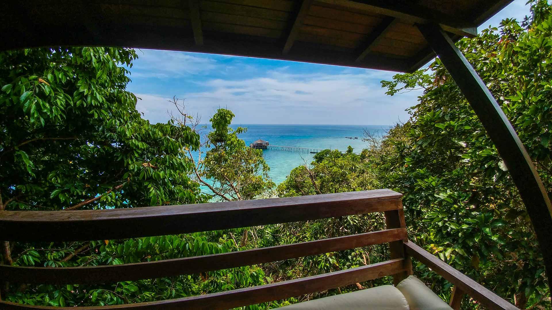 Tioman Island Malaysia Pescart Travel Photo Blog Enrico Pescantini japamala resort room