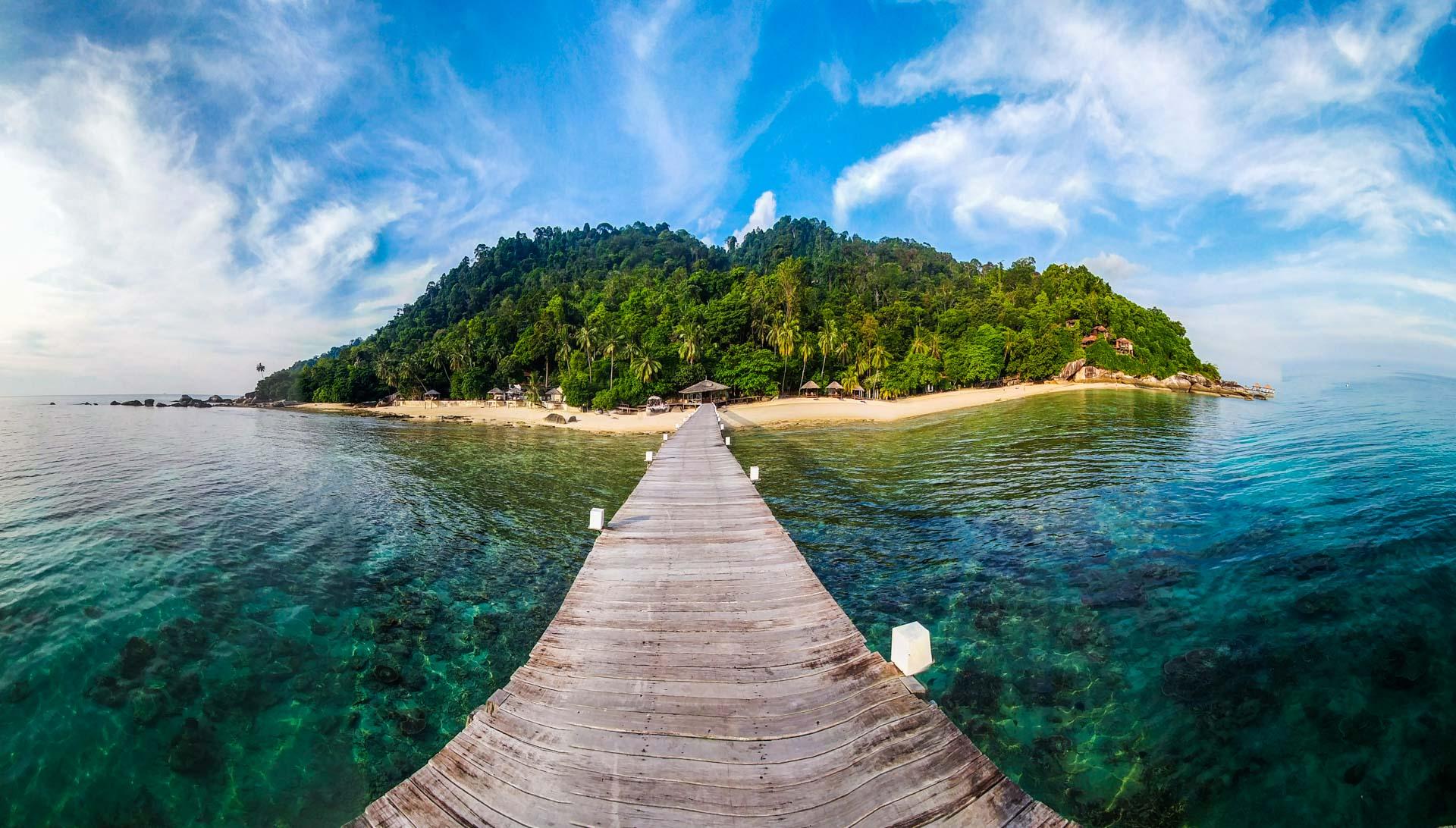 Tioman Island Malaysia Pescart Travel Photo Blog Enrico Pescantini japamala resort pier