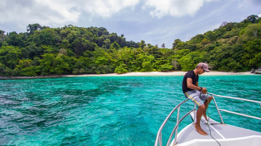 Tioman Island Malaysia Pescart Travel Photo Blog Enrico Pescantini Coral Island