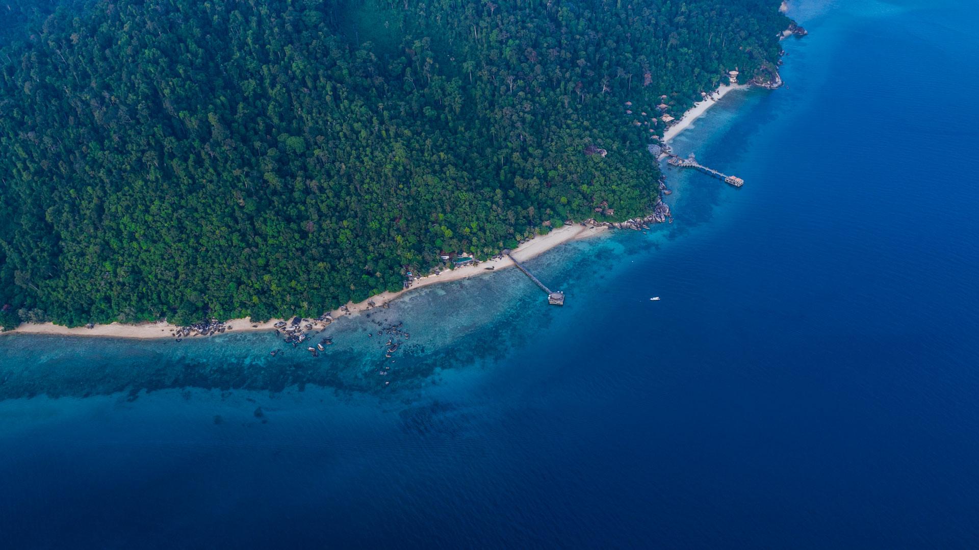 Tioman Island Malaysia Pescart Travel Photo Blog Enrico Pescantini aerial view drone 1