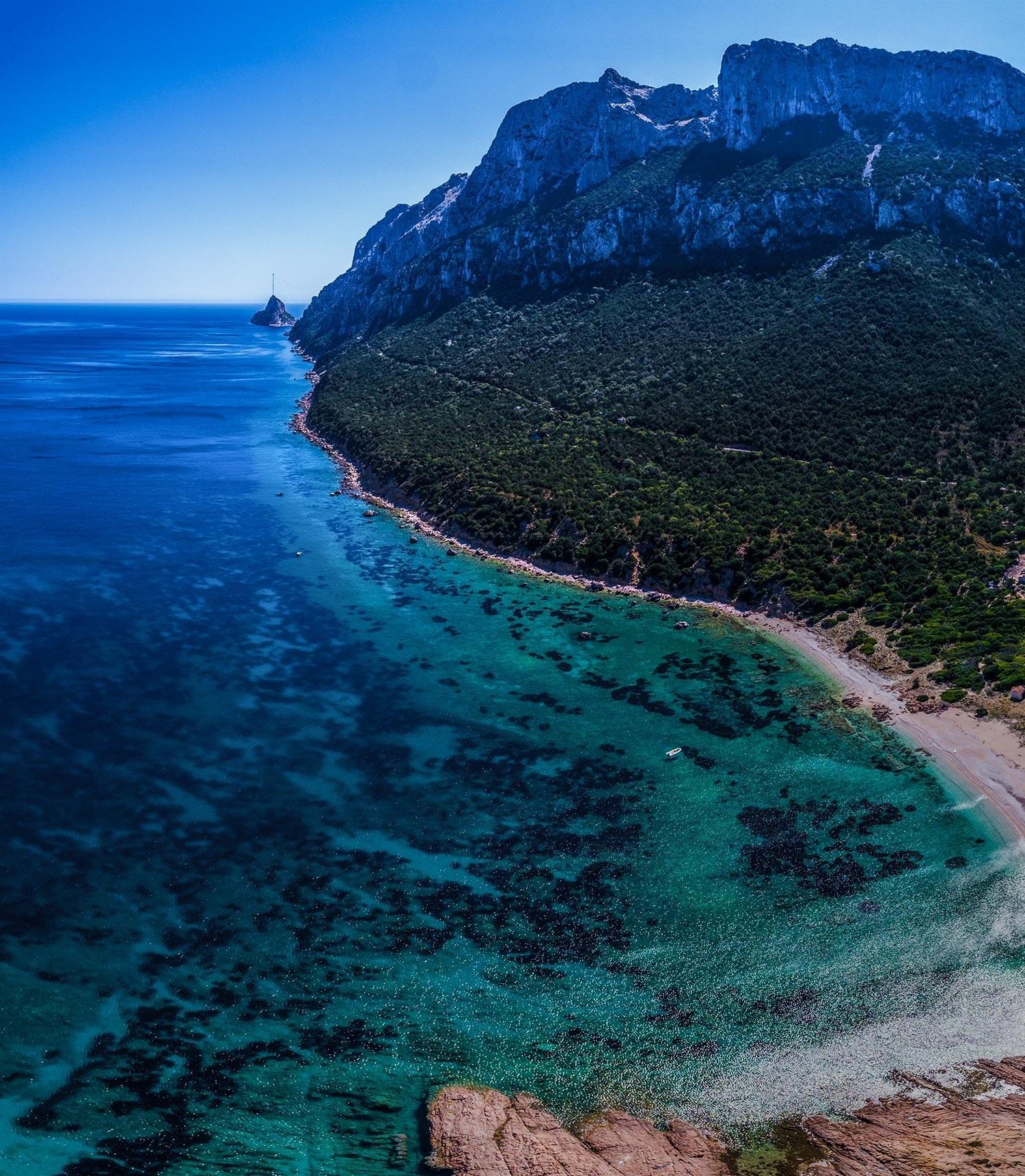 Isola Tavolara 2 Sardinia Sardinia Aerial Photography drone Enrico Pescantini