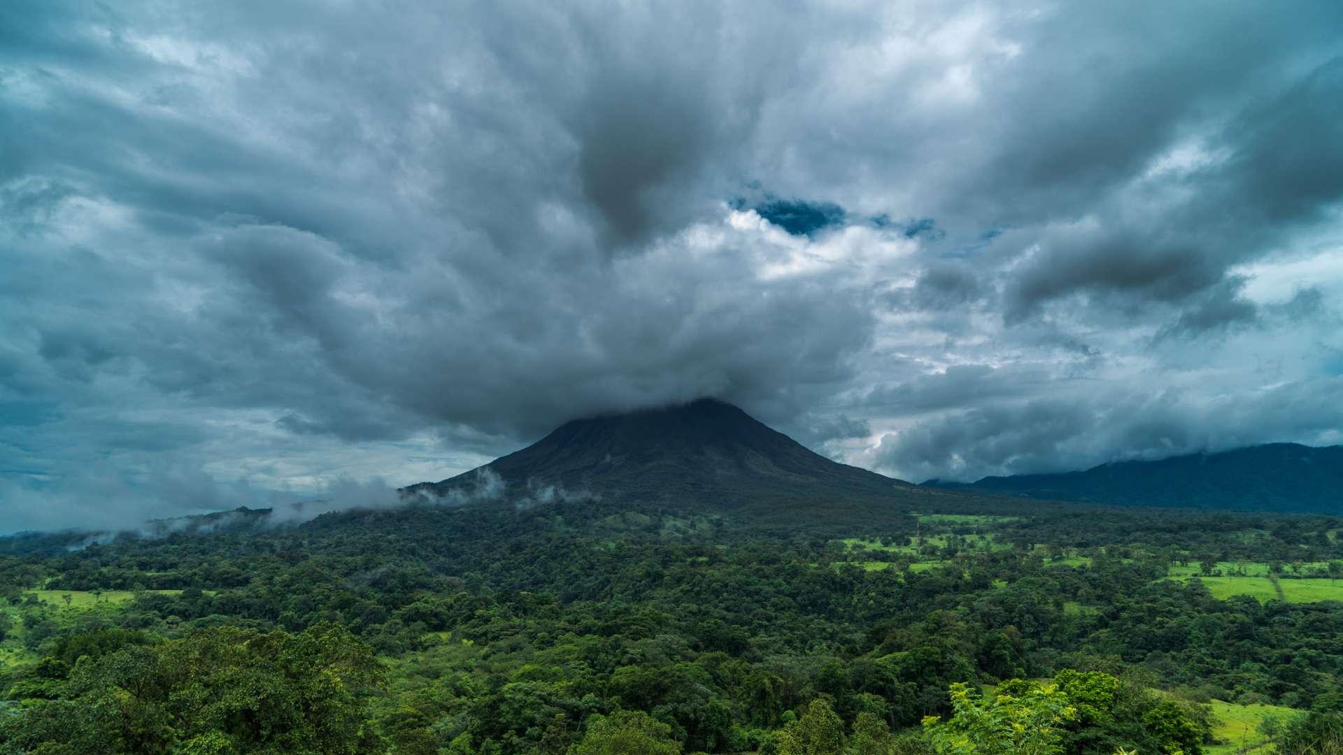 Costa Rica Enrico Pescantini Volcano Arenal