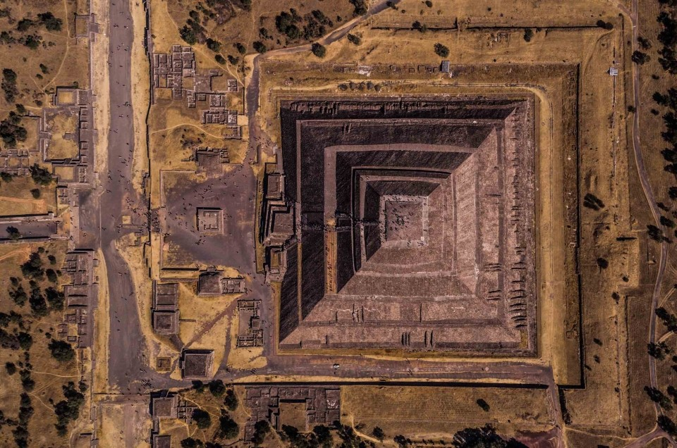 Teotihuacan Archeological Site in Mexico City: pyramids seen from the sky!