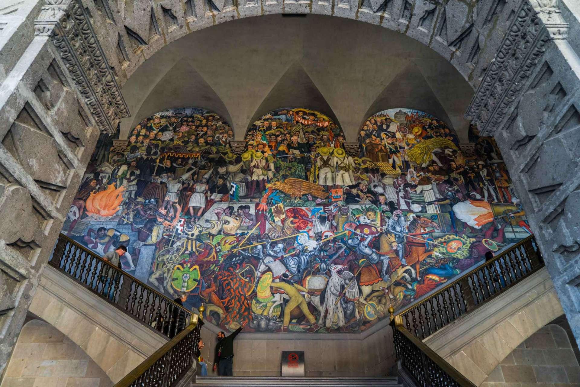 Palacio Nacional Diego Rivera mural Enrico Pescantini travel photographer