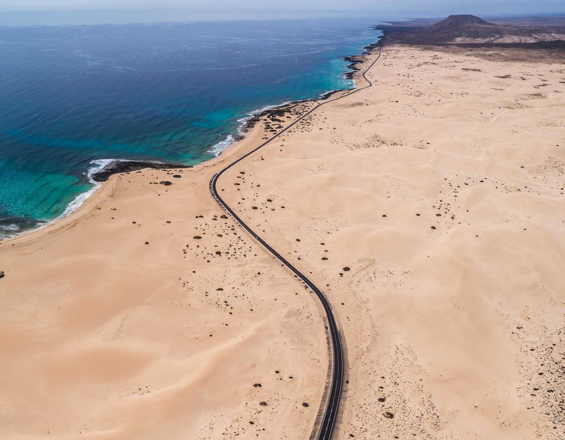 Fuerteventura Corralejo Dunes Park road 2