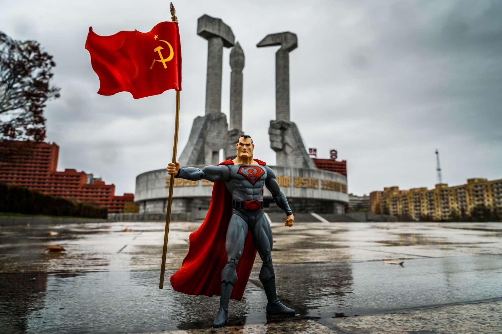 A Red Superhero in North Korea Enrico Pescantini Monumento alla Fondazione del Partito