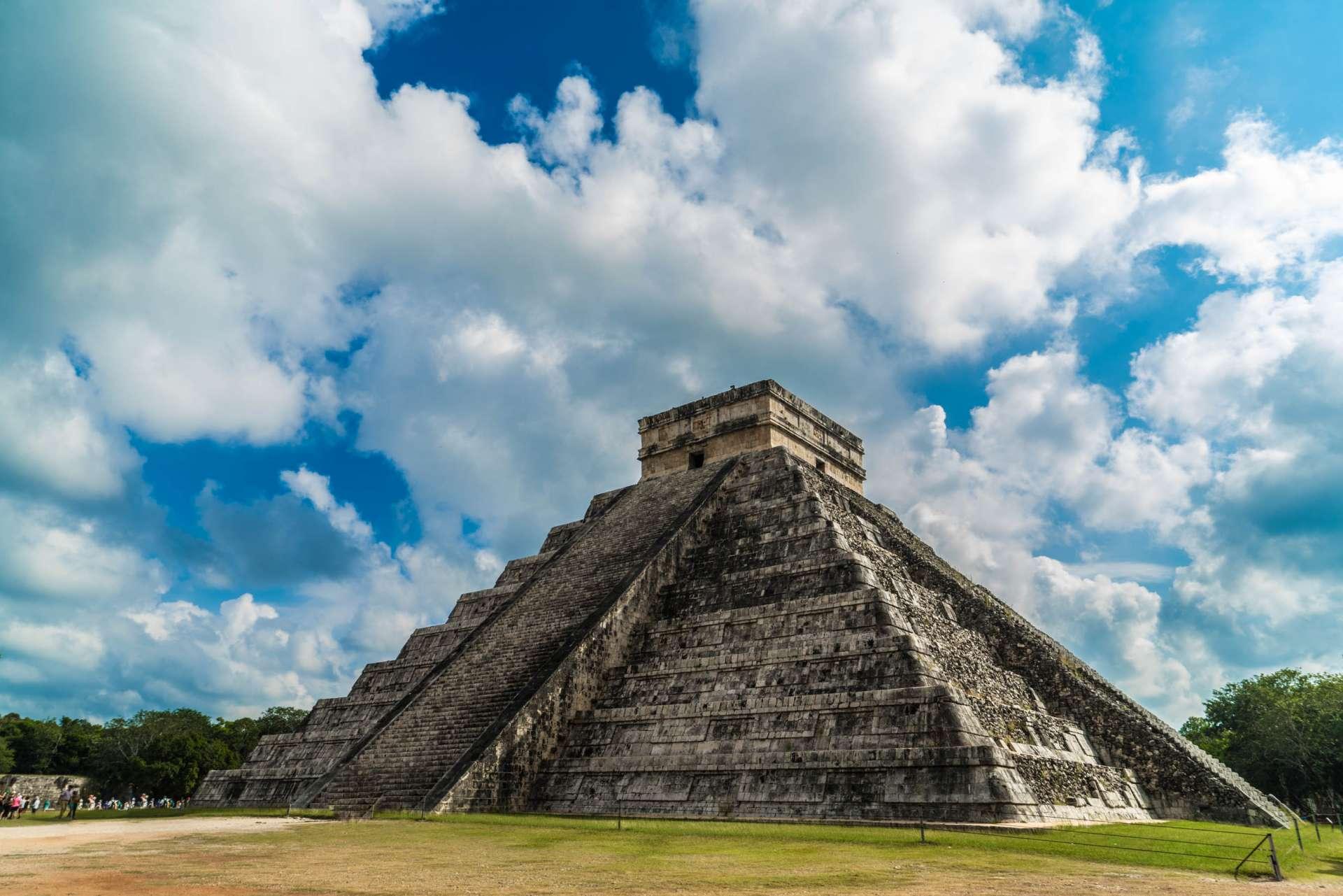 El Castillo Temple of Kukulcan Chichen Itza Yucatan Mexico