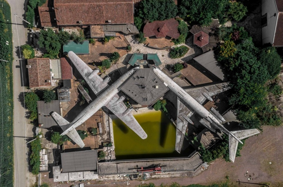 Lost Planes of Michelangelo da Vinci – abandoned restaurant in the outskirts of Rovigo, Italy