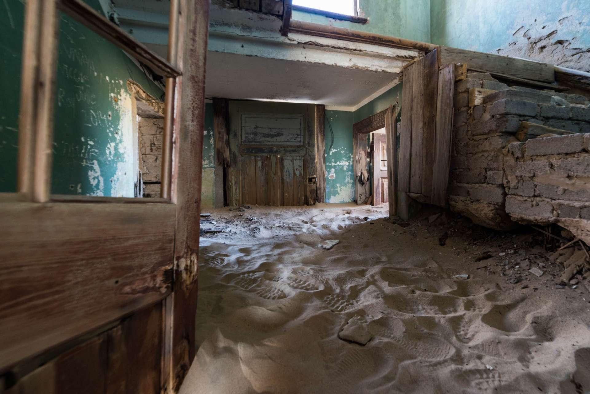 Namib Ghost Town of Kolmanskop Enrico Pescantini 6