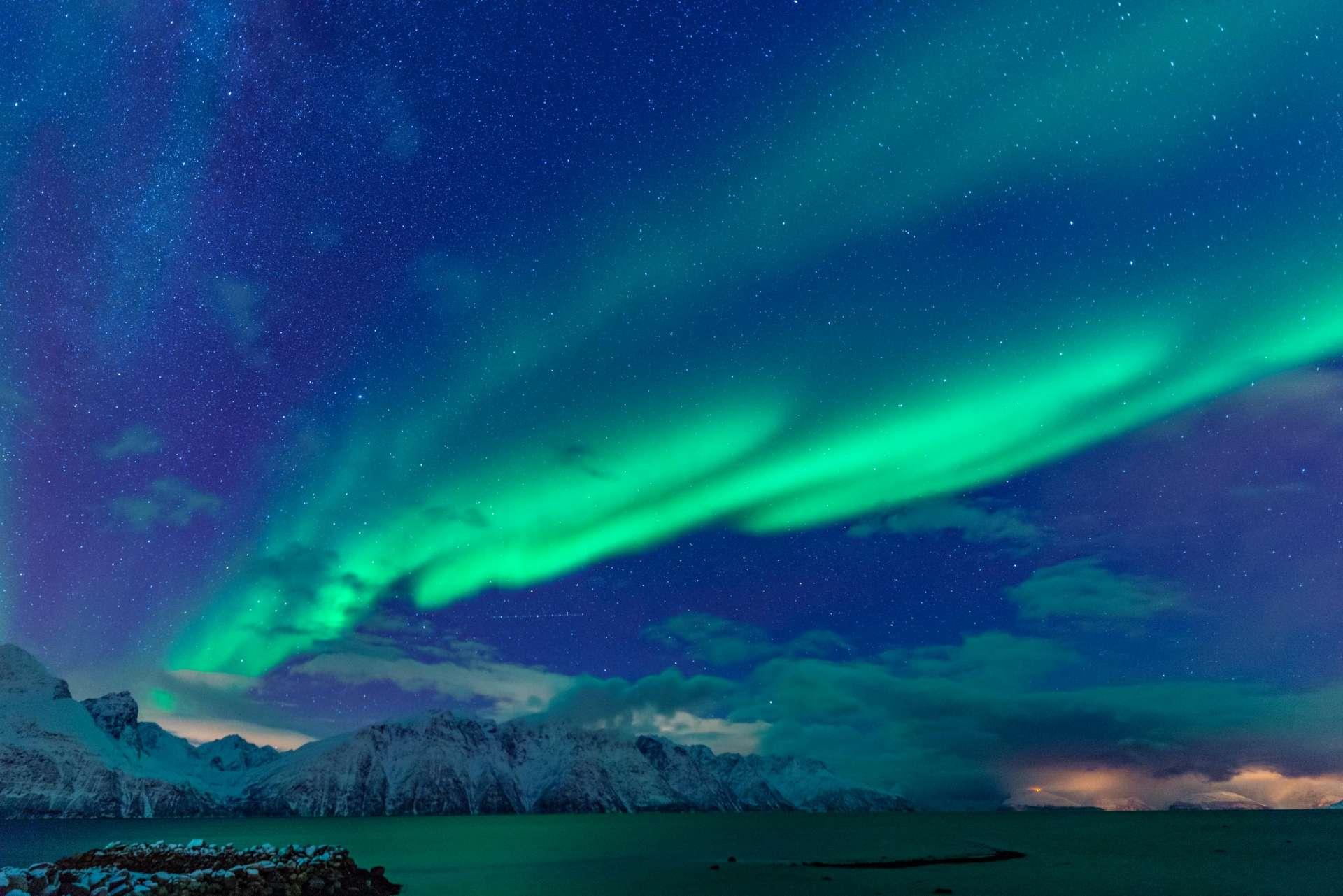 Northern Lights Glass Igloo Tromso Lyngen North aurora enrico pescantini