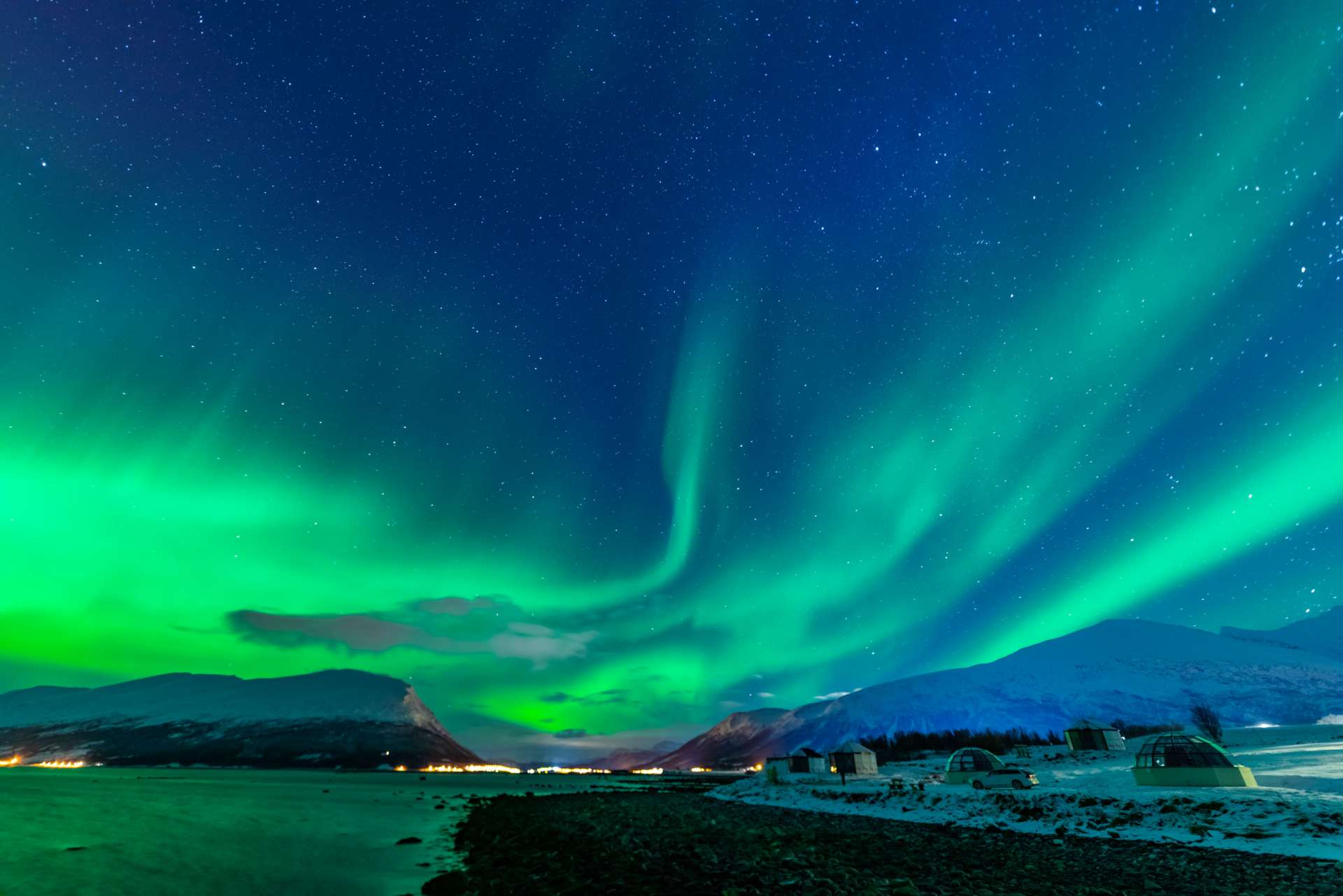 Northern Lights Glass Igloo Tromso Lyngen North aurora enrico pescantini 5