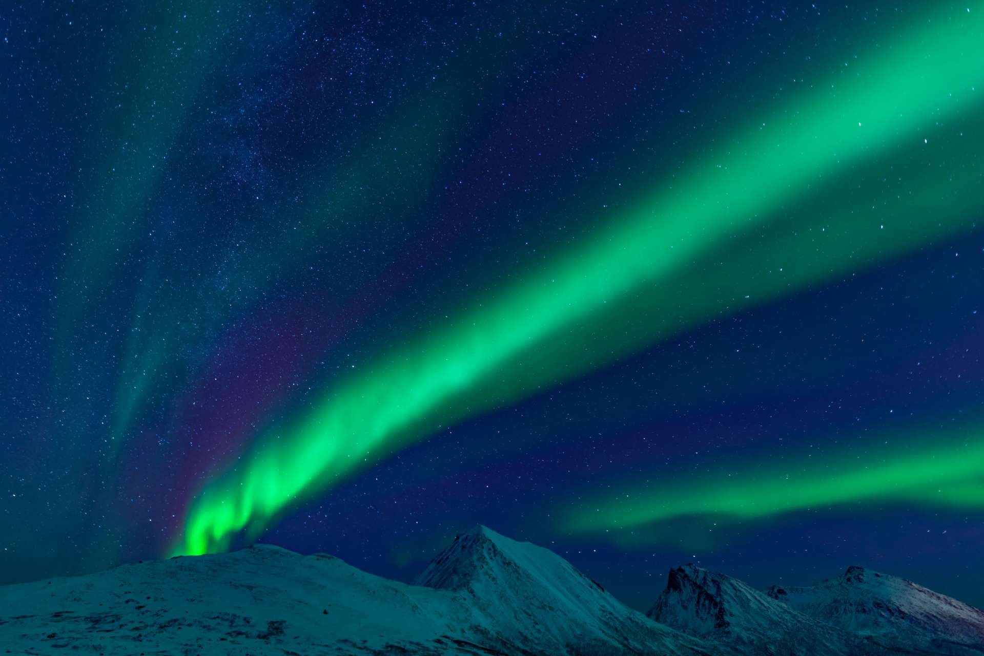 Northern Lights Glass Igloo Tromso Lyngen North aurora enrico pescantini 16