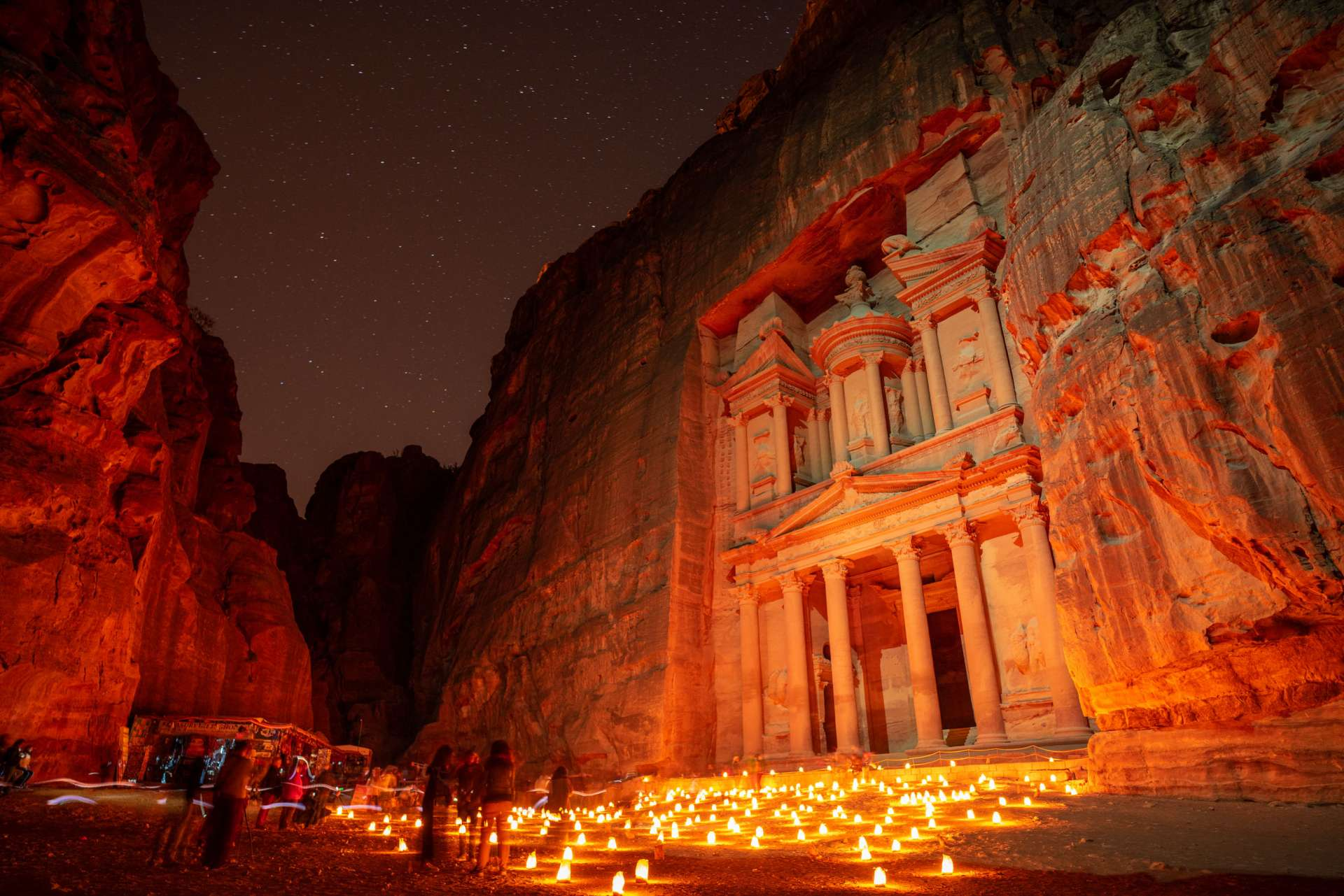 Petra by CandleLight Enrico Pescantini