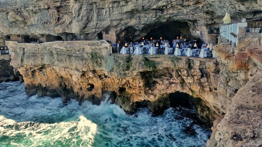Best of Puglia: Grotta Palazzese Polignano a Mare