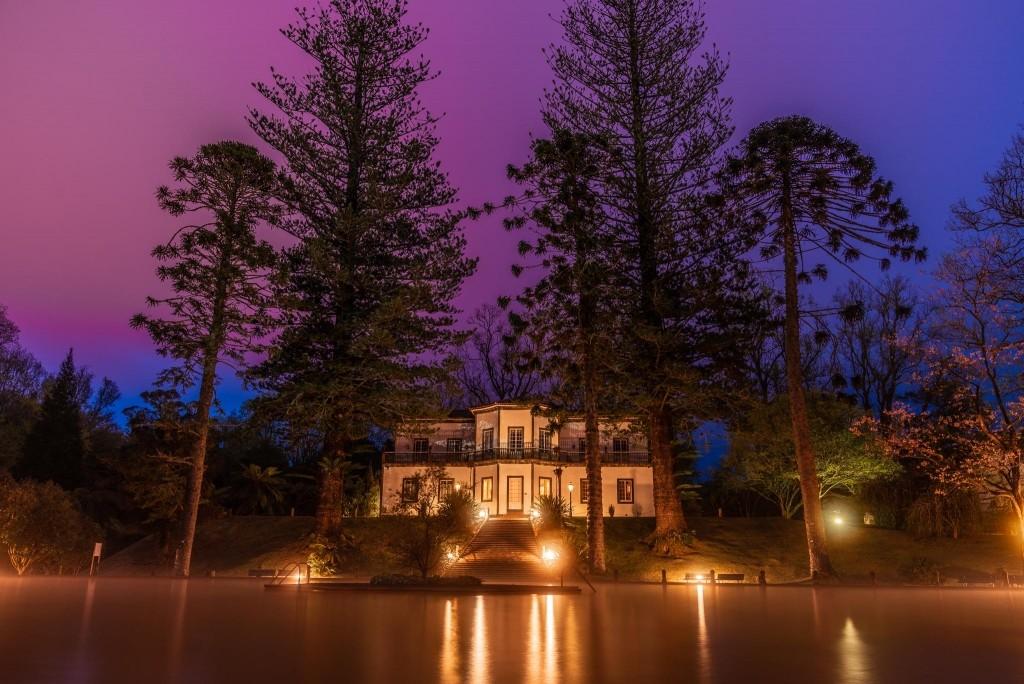 Azores Sao Miguel Furnas Terra Nostra Garden Hotel pool 2