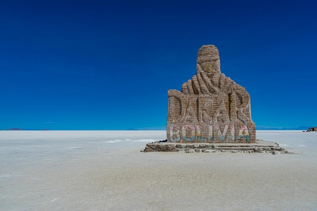 Salar de Uyuni Bolivia world largest salt flat dakar