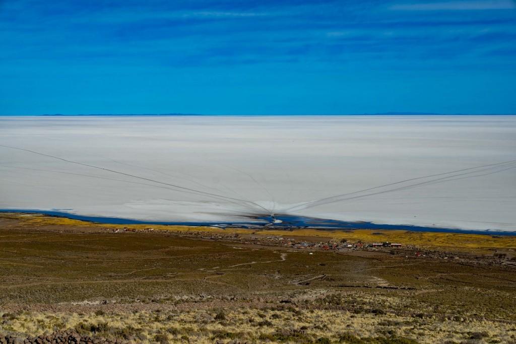 Salar de Uyuni Bolivia world largest salt flat
