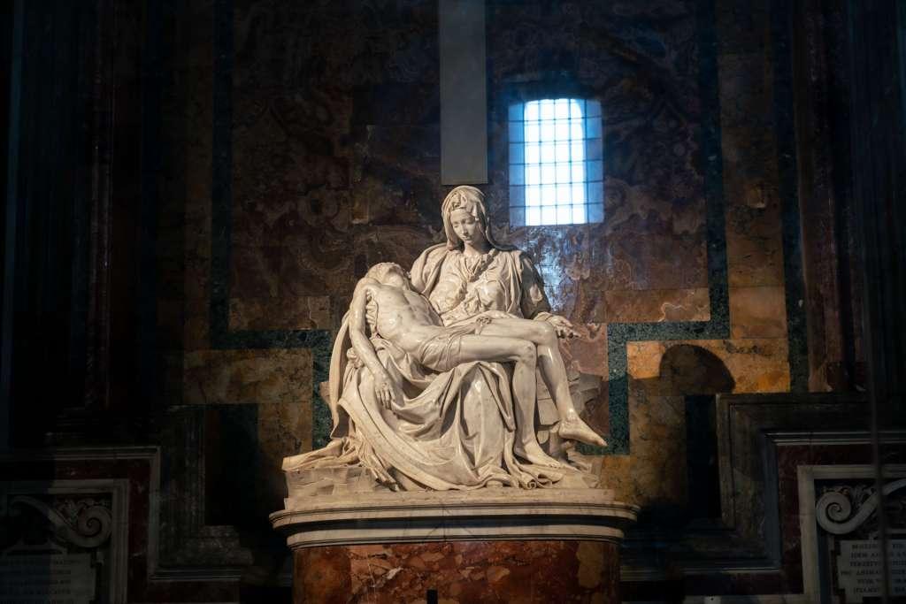 Michelangelo Pieta Statue